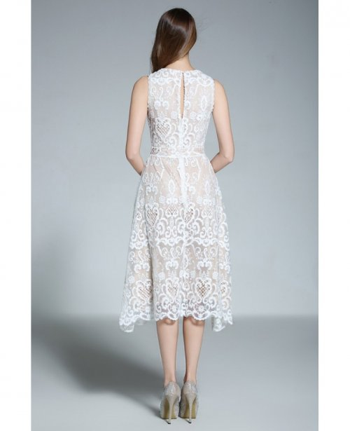 da6b10aad8 A-line Scoop Neck White Lace Sleeveless Knee-length Formal Dress ...