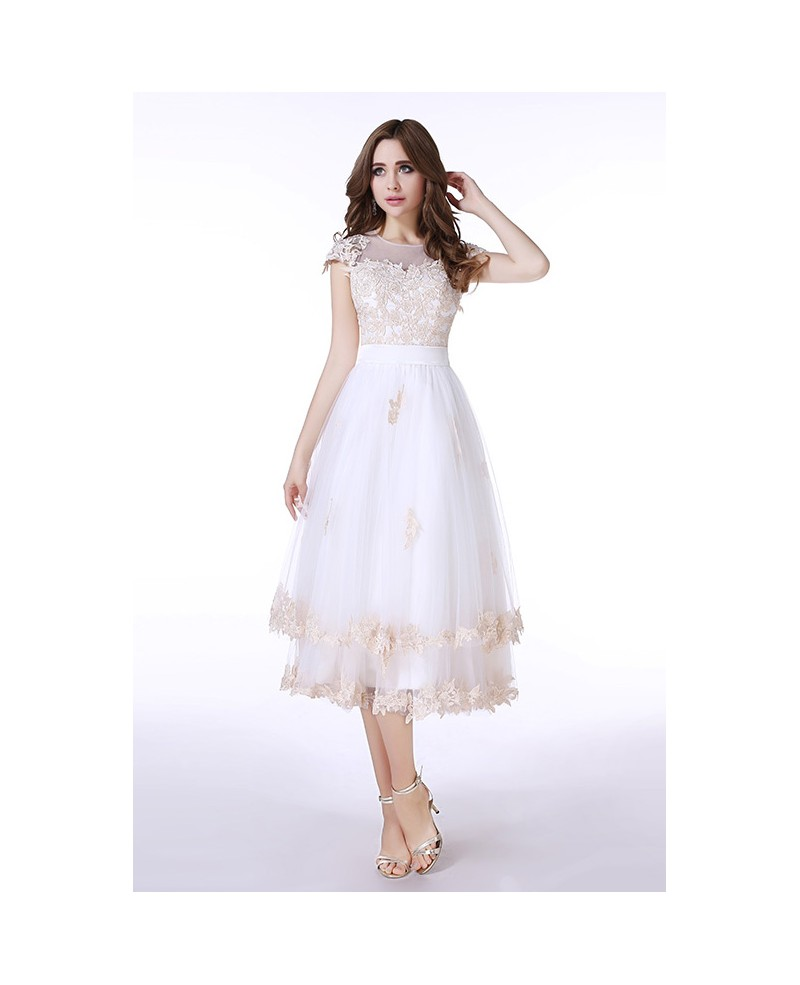 A-Line Scoop Neck Tea-Length Tulle Prom Dress With Appliques Lace