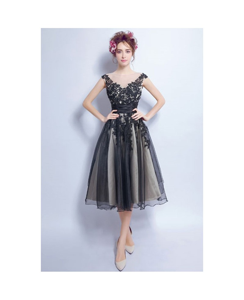 Vintage A-line V-neck Tea-length Tulle Prom Dress With Appliques Lace