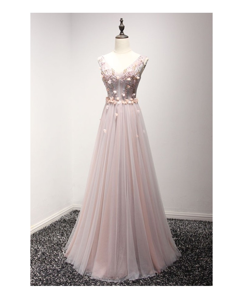 Romantic A-line V-neck Floor-length Tulle Prom Dress With Appliques Lace