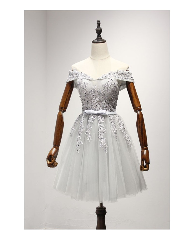 Grey A-line Off-the-shoulder Short Tulle Homecoming Dress With Appliques Lace