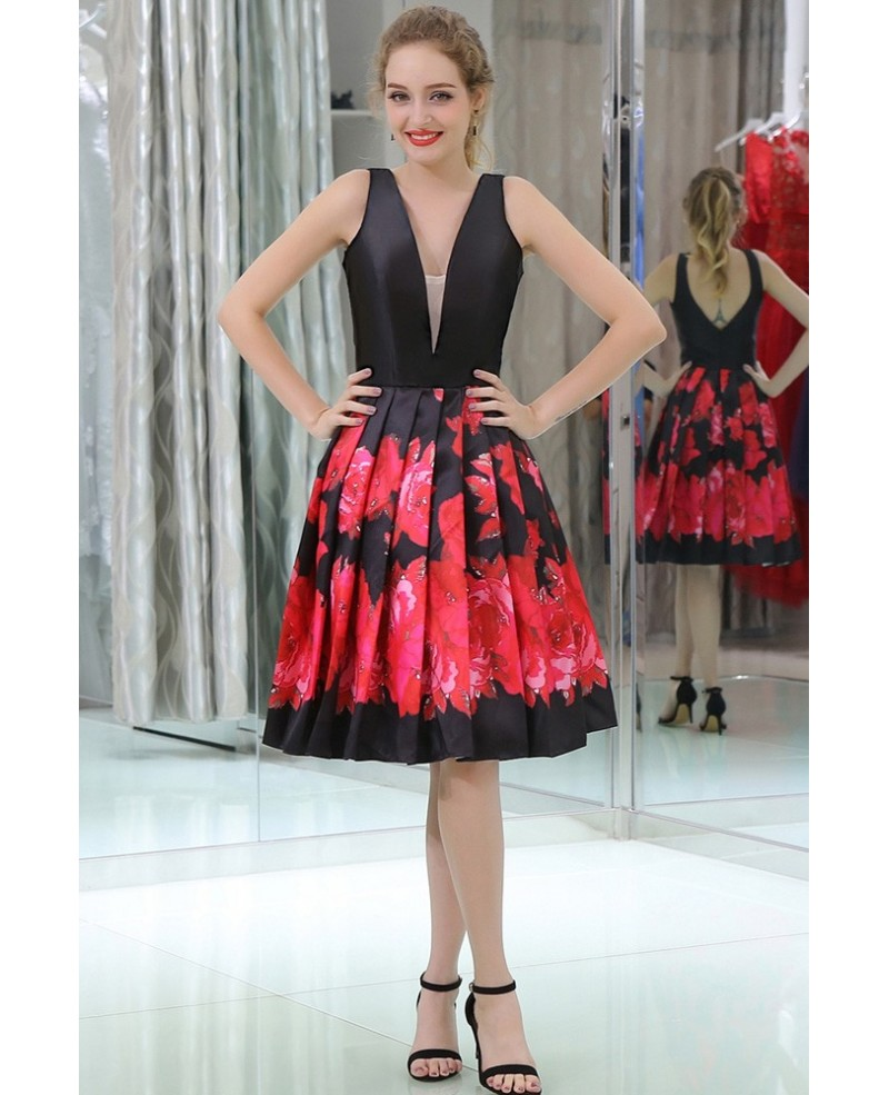 Black And Red Printed Short Satin Pleated Evening Dress With Deep V Neck