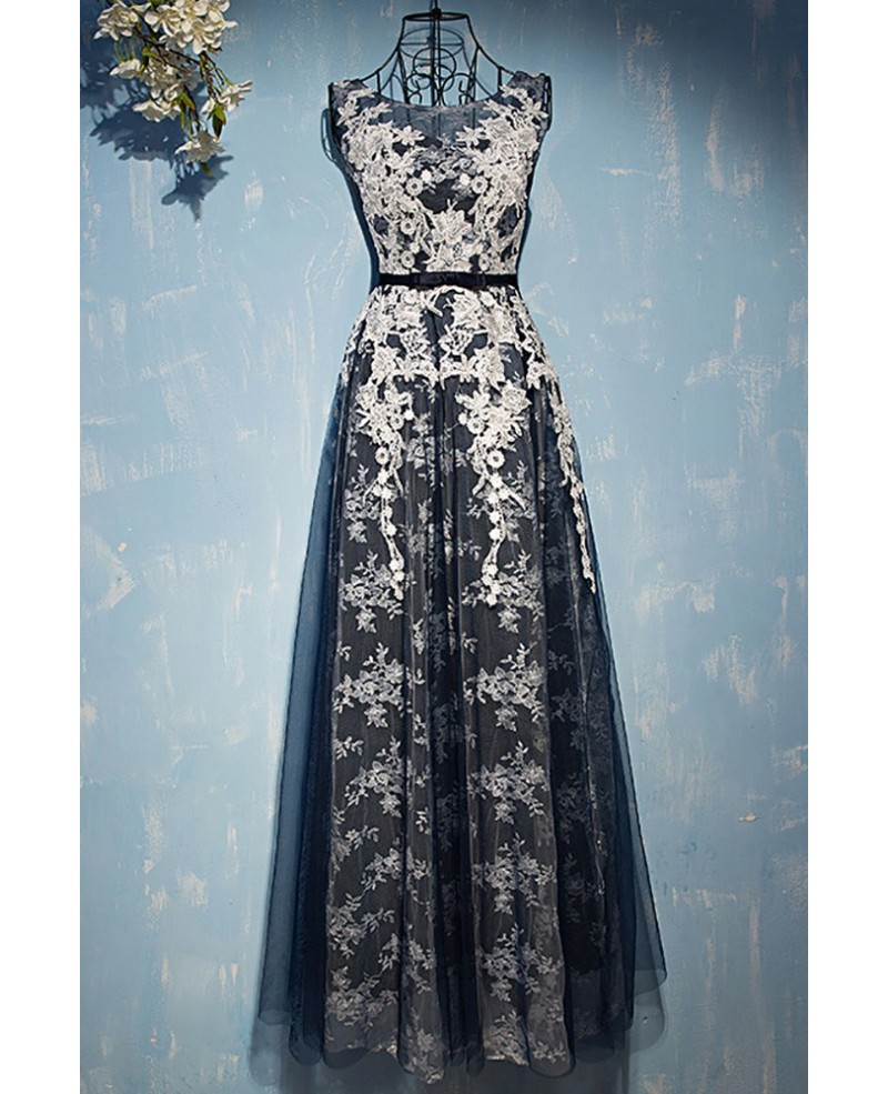 Different White With Navy Blue Lace Prom Dress Sleeveless
