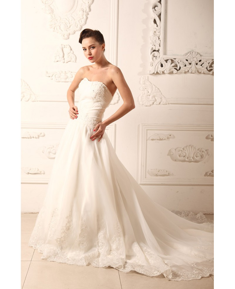 71549b415 A-line Sweetheart Chapel Train Tulle Wedding Dress With Appliques Lace