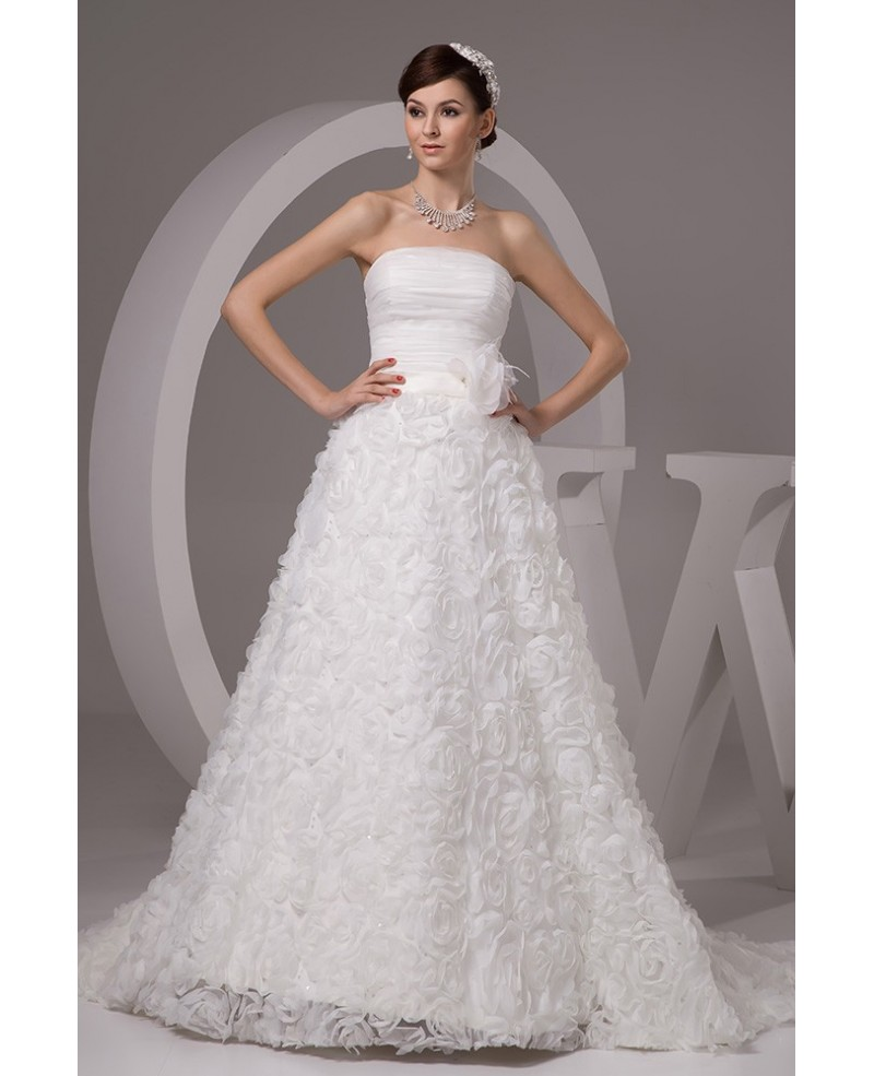 Traditional Embroidered Court Train Taffeta Wedding Dress