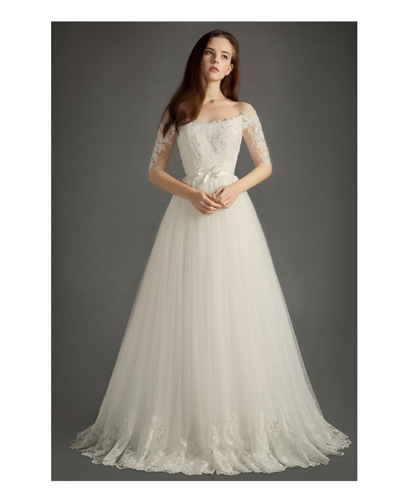 Elegant Off-the-shoulder Floor-length Tulle Wedding Dress With Appliques Lace