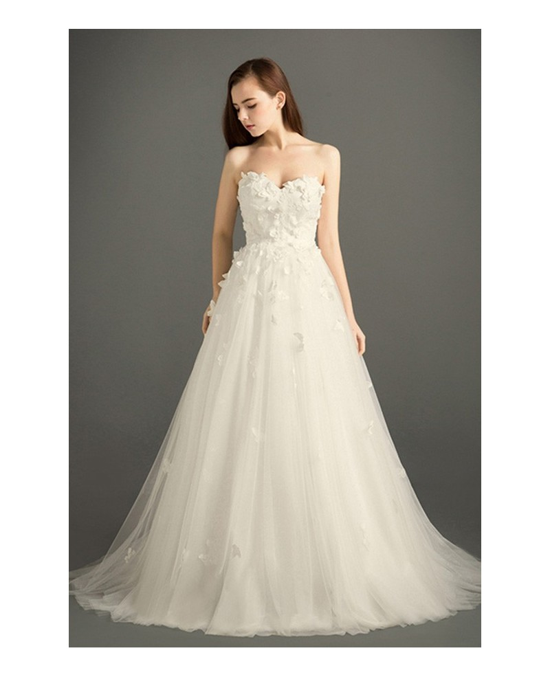Romantic Ball-gown Sweetheart Court Train Tulle Wedding Dress With Flowers