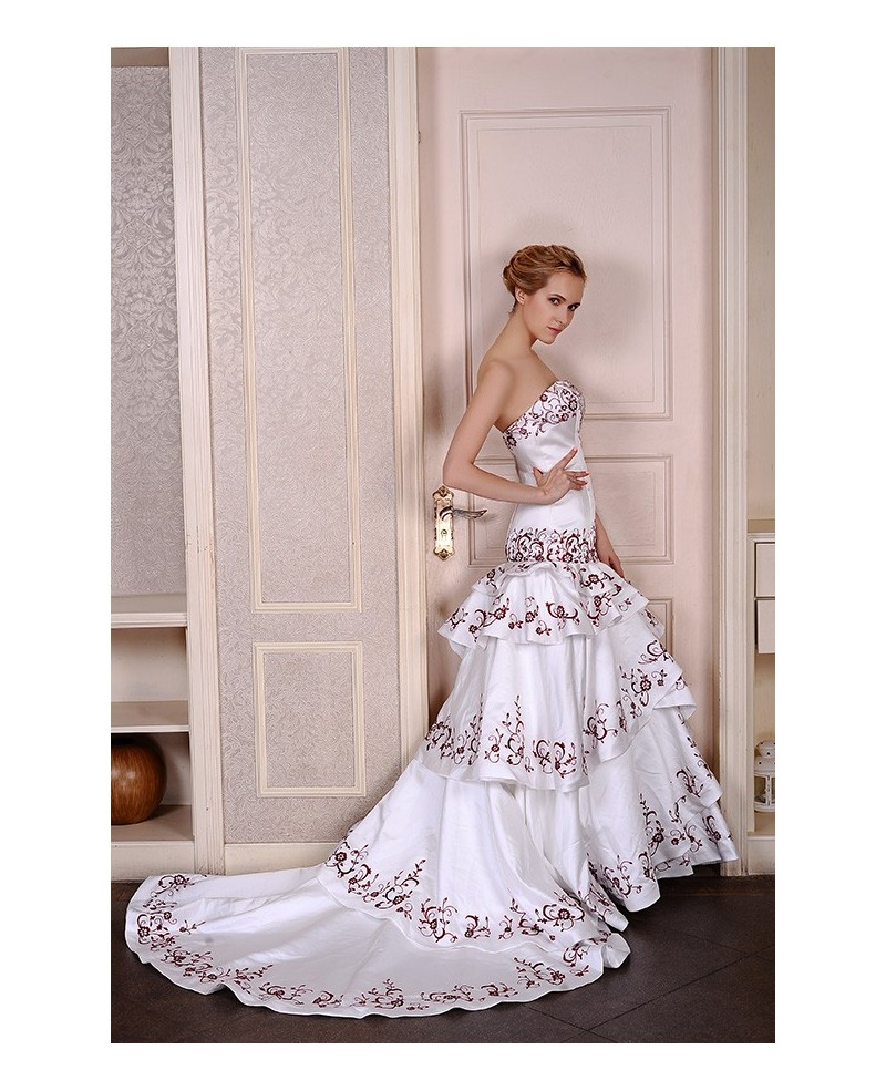 Mermaid Sweetheart Court Train Satin Wedding Dress With Appliques Lace Trim