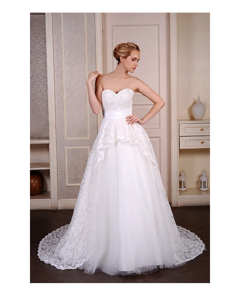Ball-Gown Sweetheart Court Train Tulle Wedding Dress With Beading Appliques Lace