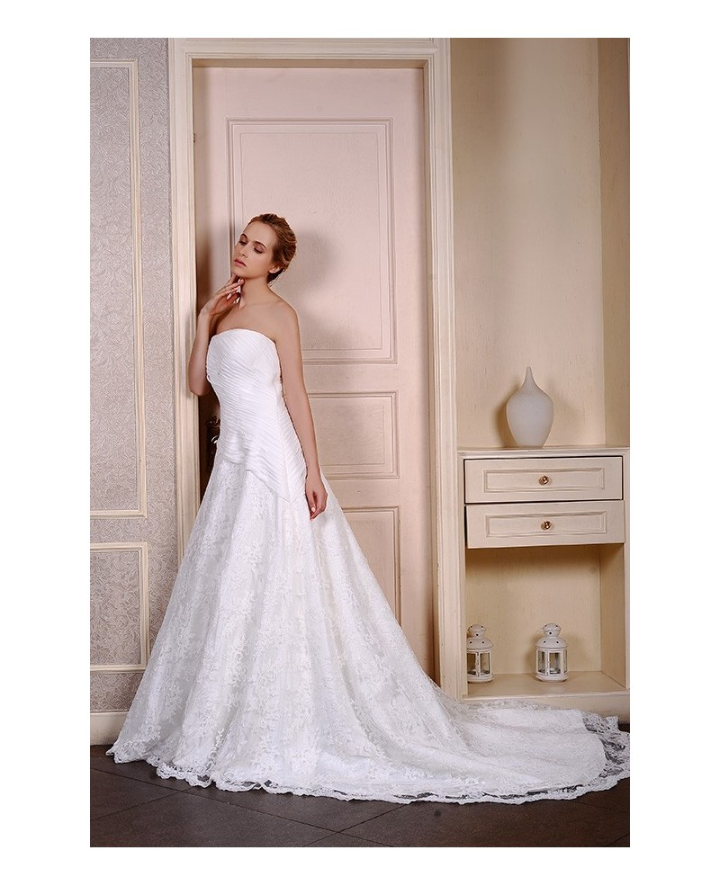 Ball-Gown Strapless Chapel Train Lace Organza Wedding Dress