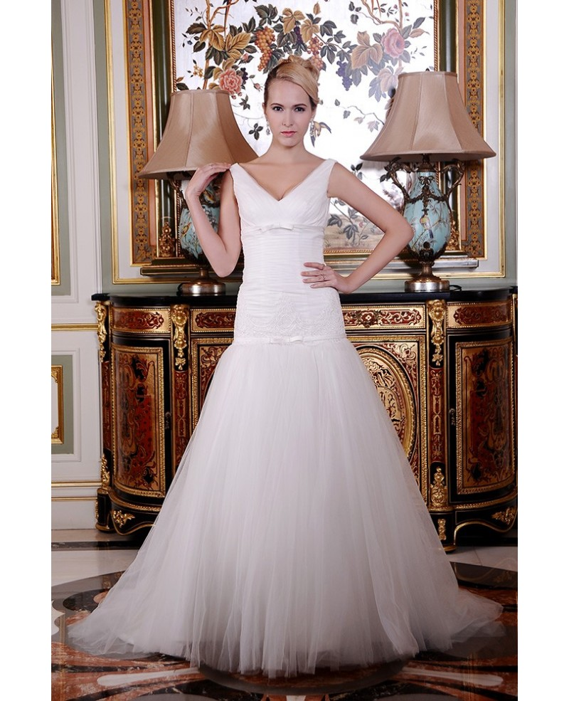 A-Line V-neck Court Train Organza Wedding Dress With Appliques Lace Pleated Bow