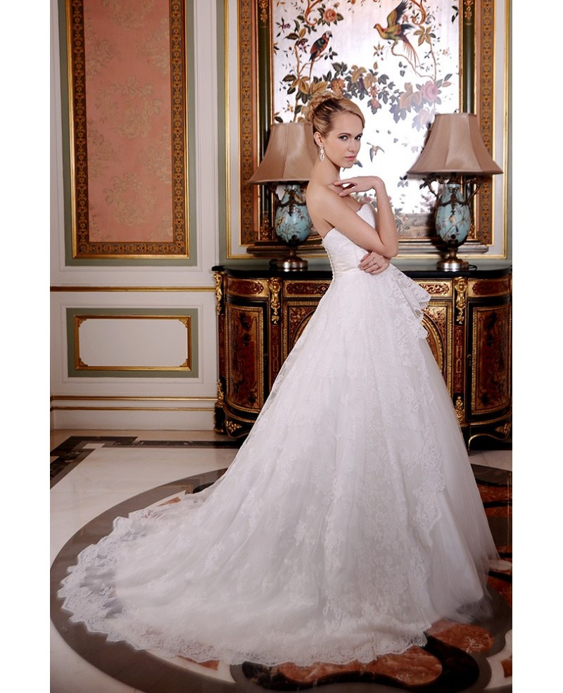 Ball-Gown Sweetheart Court Train Lace Tulle Wedding Dress