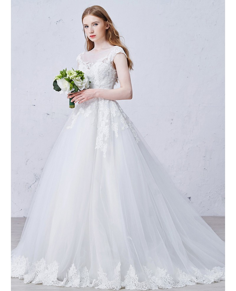 Romantic Ball-Gown Scoop Neck Sweep Train Tulle Wedding Dress With Appliques Lace