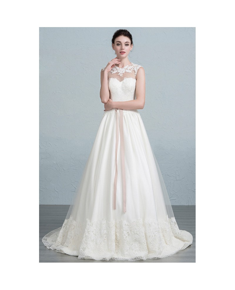 Feminine A-Line Scoop Neck Sweep Train Tulle Wedding Dress With Appliques Lace